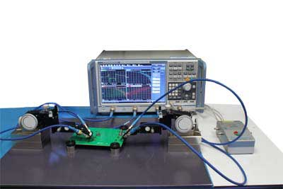 Two D-Probes in S-Parameter measurement